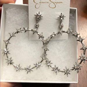 Jessica Simpson stars earrings